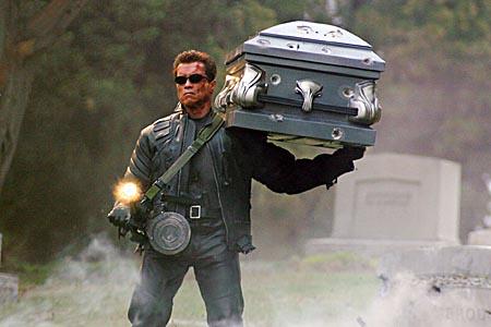 terminatorholdingcoffin.jpg